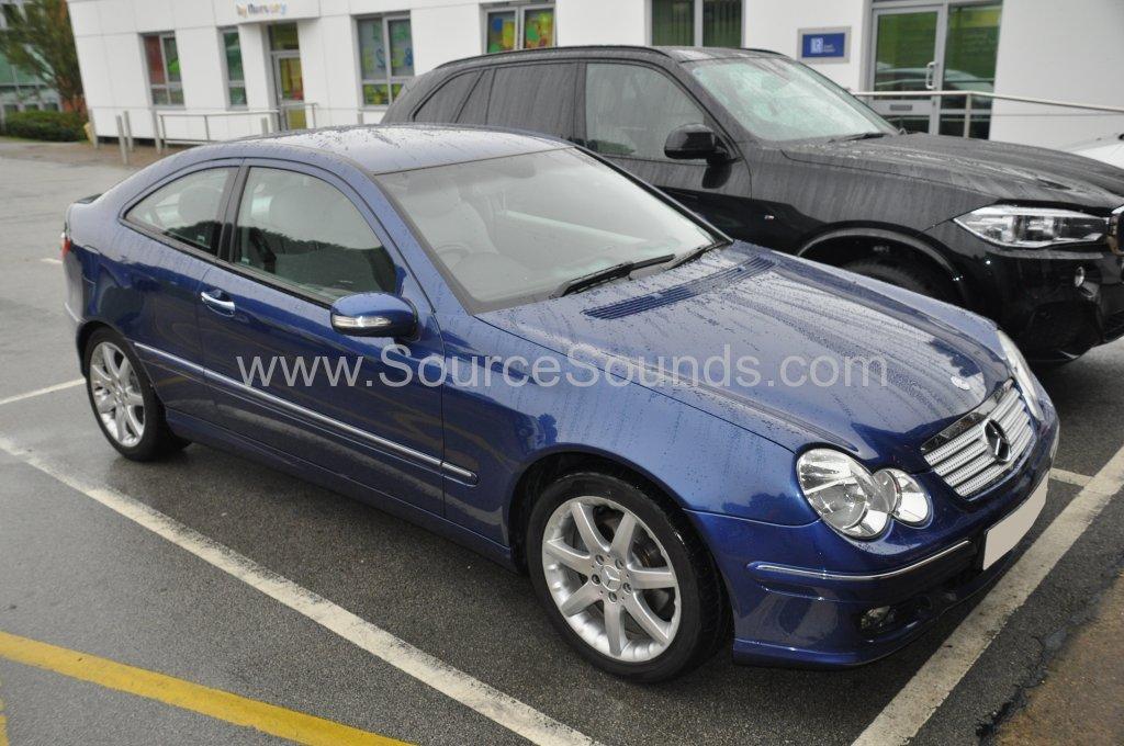 Mercedes C Class 2005 reverse sensor upgrade 001