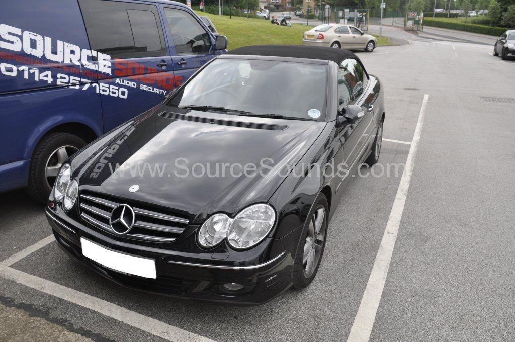 Mercedes CLK 320 2008 reverse camera upgrade 001