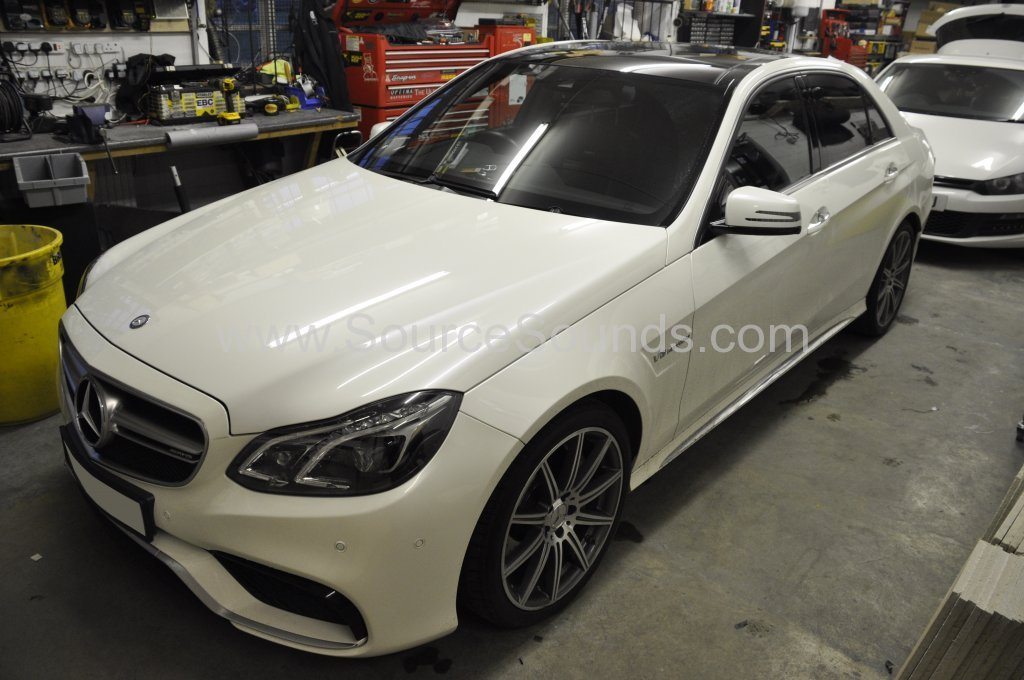 Mercedes E63 AMG reverse camera upgrade 001