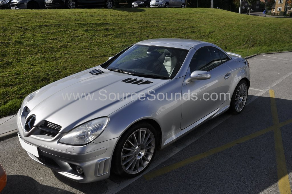Mercedes SLK 2005 navigation upgrade 001