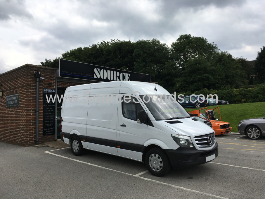 Mercedes Sprinter 2016 sortimo racking 001