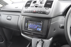 Mercedes Vito 2014 DAB screen upgrade 002