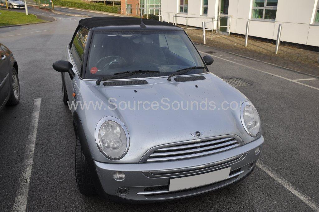 Mini Cabriolet 2006 stereo upgrade 001