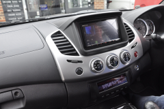 Mitsubishi L200 2015 DAB screen 003