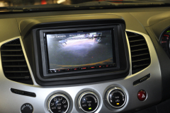 Mitsubishi L200 2015 DAB screen 008