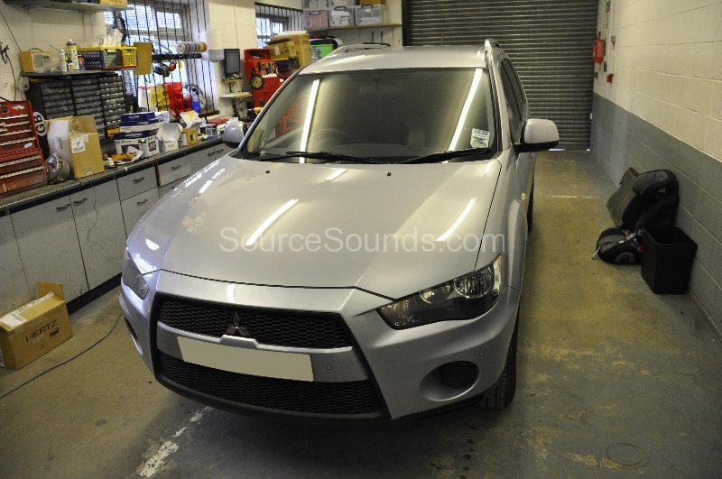 mitsubishi-outlander-2012-parking-sensor-upgrade-001