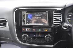 Mitsubishi Outlander Phev 2015 DAB upgrade 005