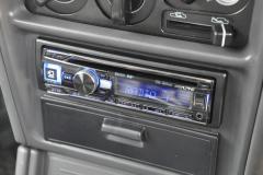 Mitsubishi Shogun 1997 DAB stereo 004