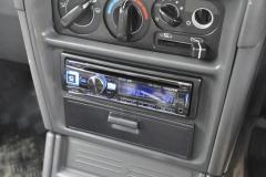 Mitsubishi Shogun 1997 DAB stereo 005