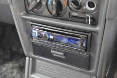Mitsubishi Shogun 1997 DAB stereo 006
