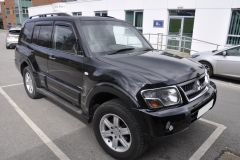 Mitsubishi Shogun 2006 navigation upgrade 001