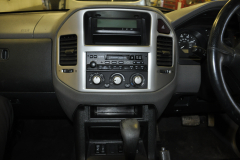 Mitsubishi Shogun 2006 navigation upgrade 003