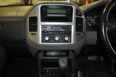Mitsubishi Shogun 2006 navigation upgrade 003