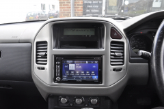 Mitsubishi Shogun 2006 navigation upgrade 005