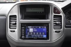 Mitsubishi Shogun 2006 navigation upgrade 007