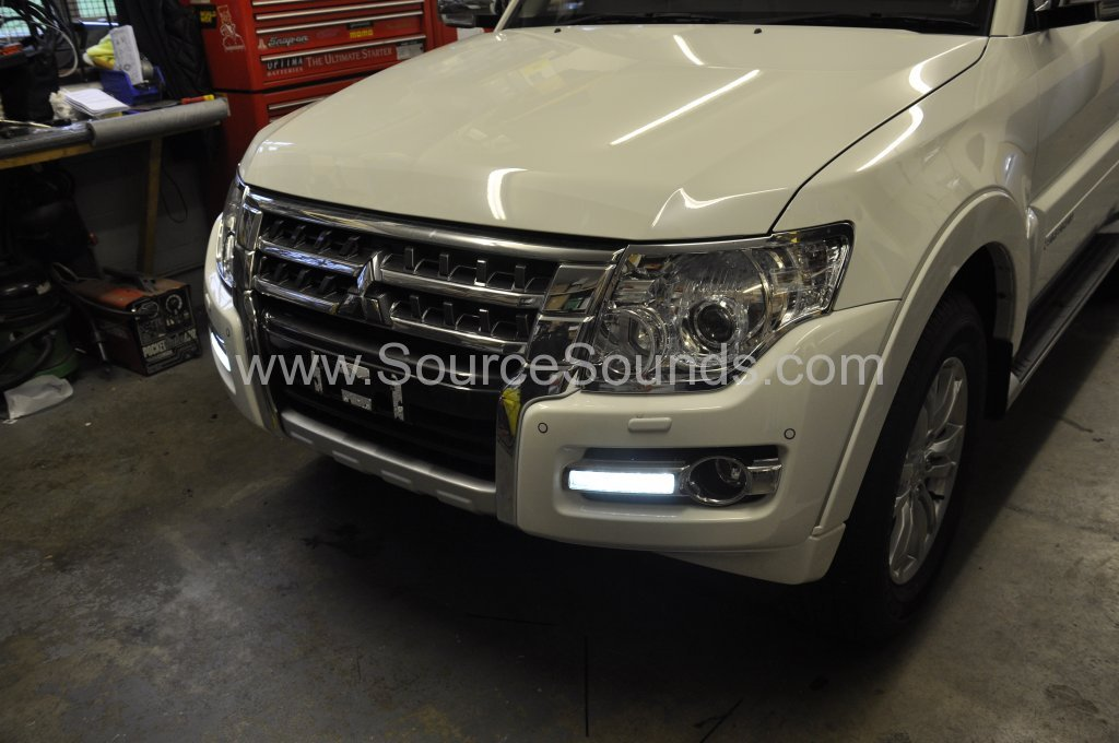 Mitsubishi Shogun 2014 parking sensor upgrade 001
