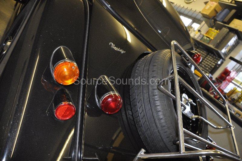 morgan-roadster-tracker-fit-005