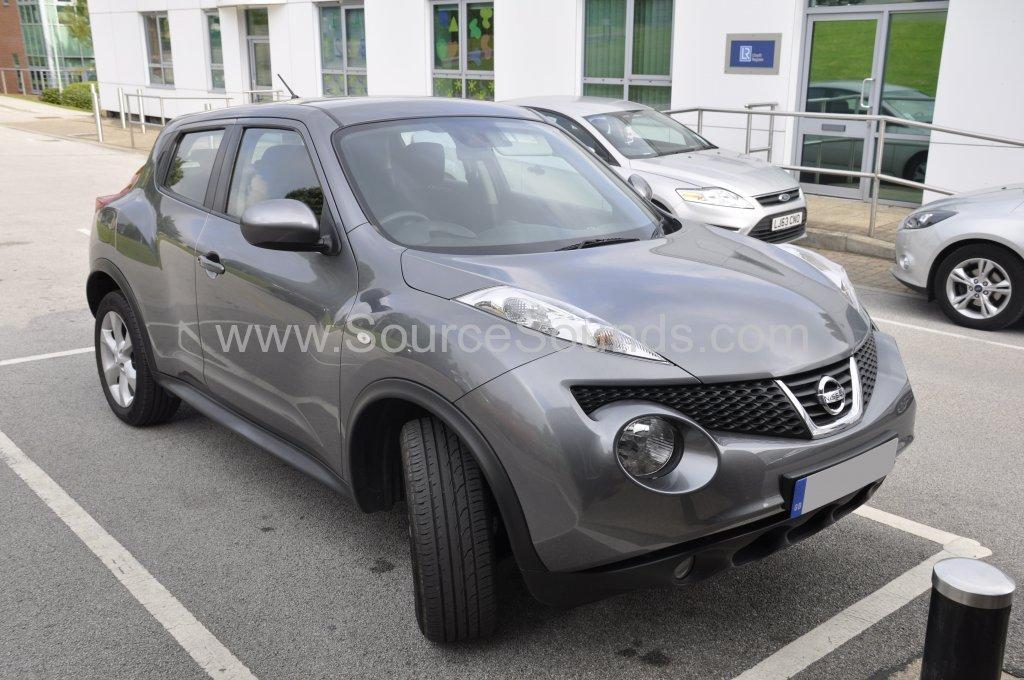 Nissan Juke 2012 rear parking sensors 001