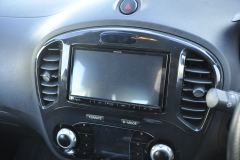 Nissan Juke 2013 DMX unit and camera retention 002