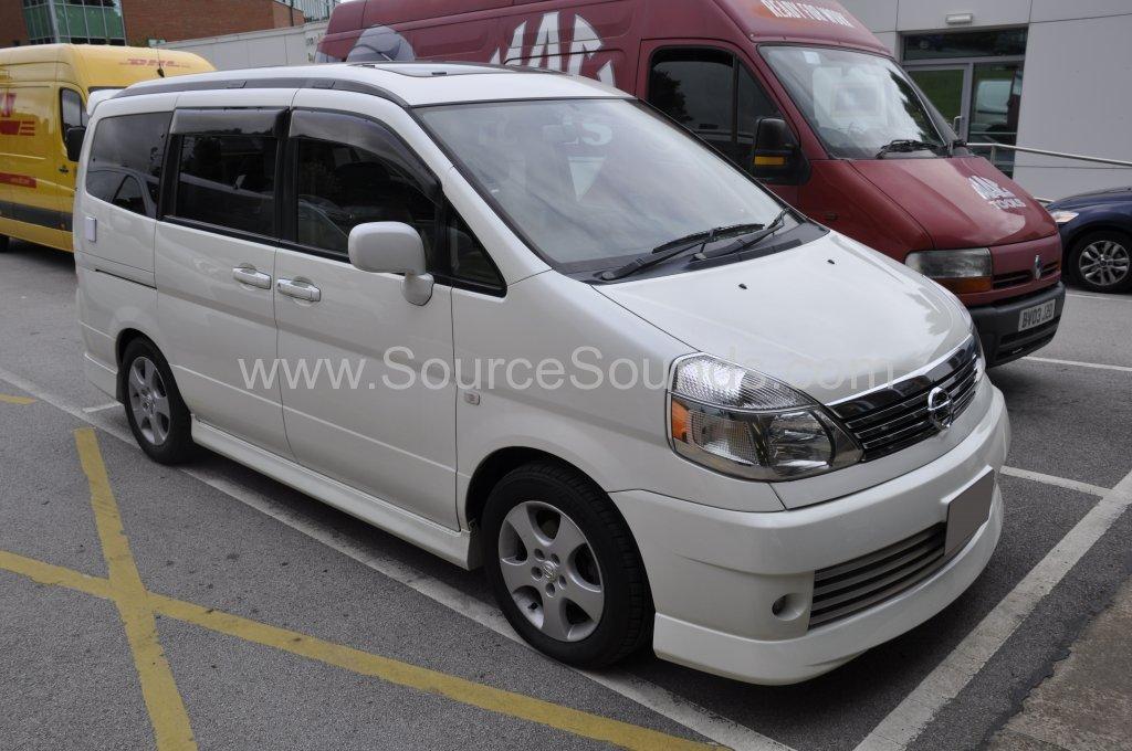 Nissan Serena 2002 navigation upgrade 001