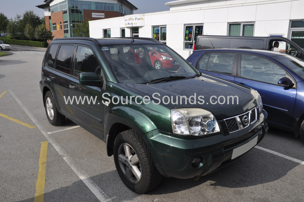 Nissan Xtrail 2005 DAB aerial upgrade 001