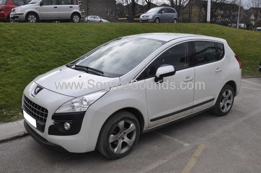 Peugeot 3008 2012 DAB stereo upgrade 001
