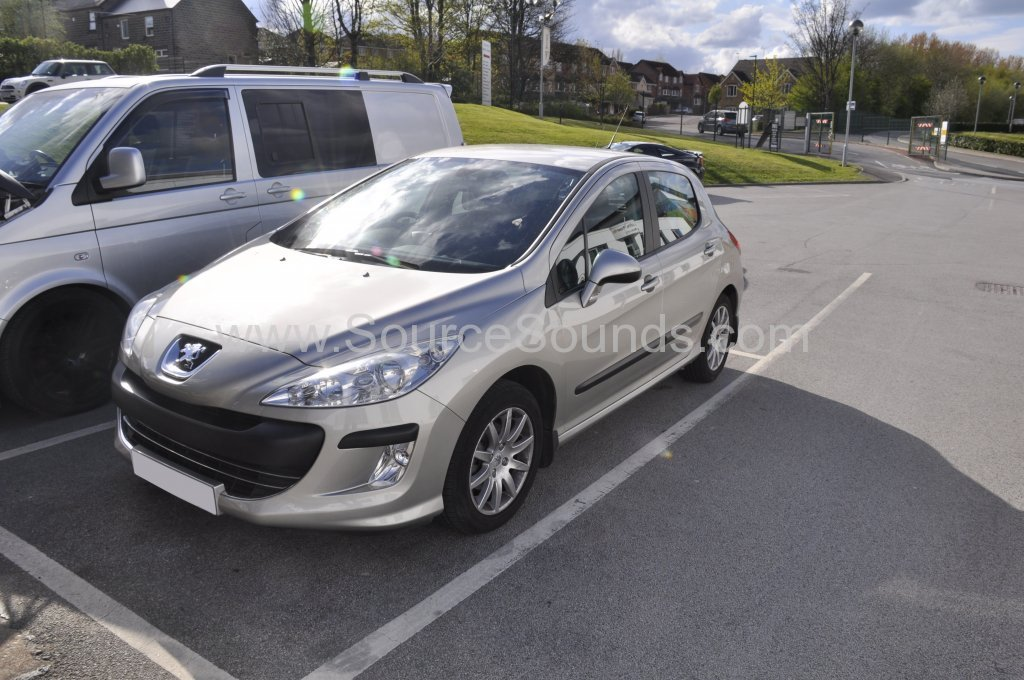 Peugeot 308 2008 stereo upgrade 001