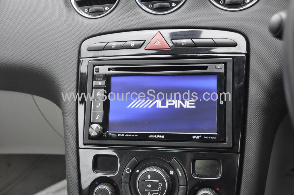 Peugeot 308cc DAB upgrade 005