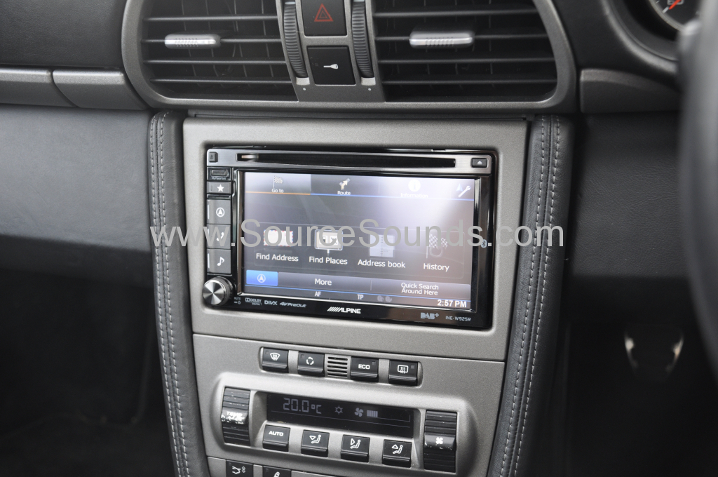 Porsche 997 2006 navigation upgrade 004