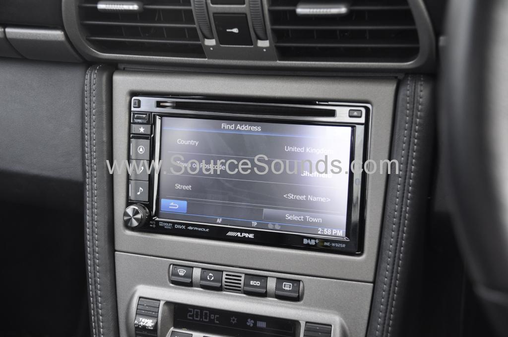 Porsche 997 2006 navigation upgrade 005