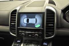 Porsche Cayenne 2013 reverse camera upgrade 005