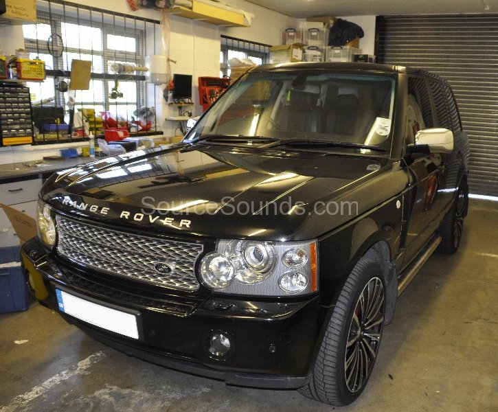 range-rover-vogue-rosen-headrest-upgrade-001