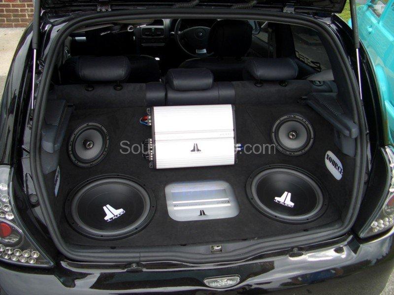Renault_Clio_Jody_Source_Sounds_Sheffield_Car_Audio1