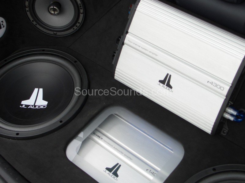 Renault_Clio_Jody_Source_Sounds_Sheffield_Car_Audio11
