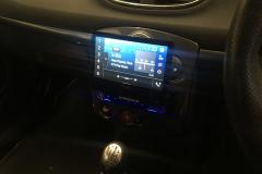 Renault Clio RS 2009 DAB screen reverse cam upgrade 003