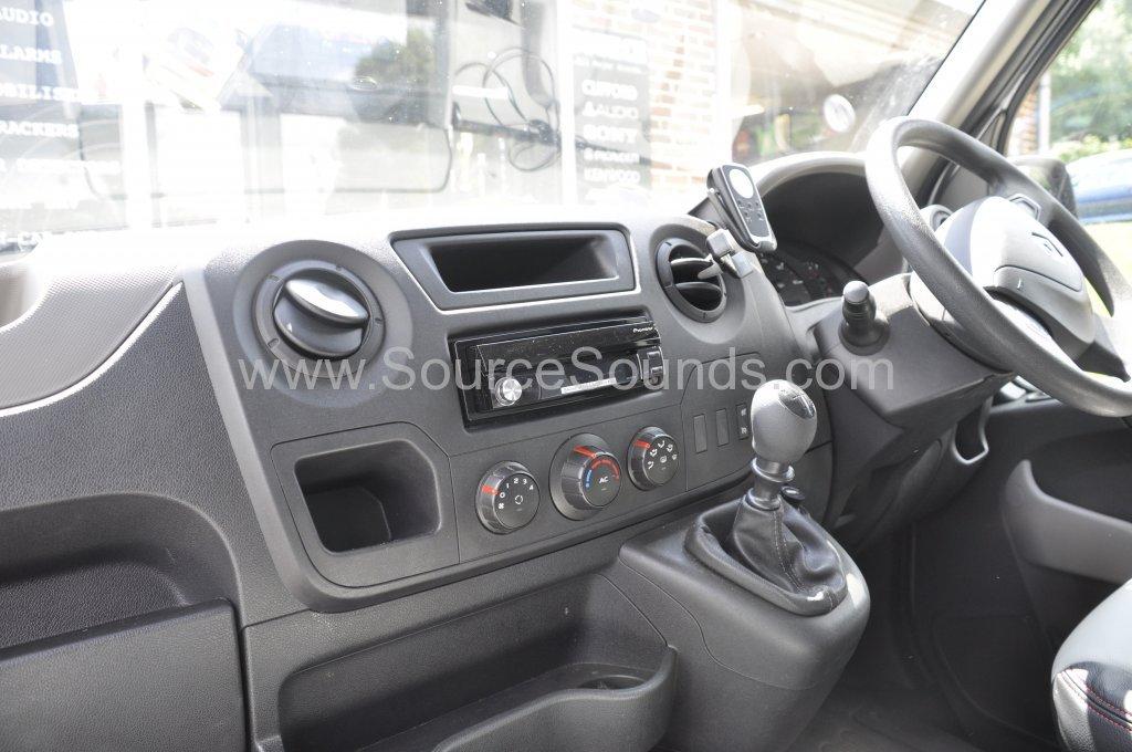 Renault Master 2014 navigation upgrade 002