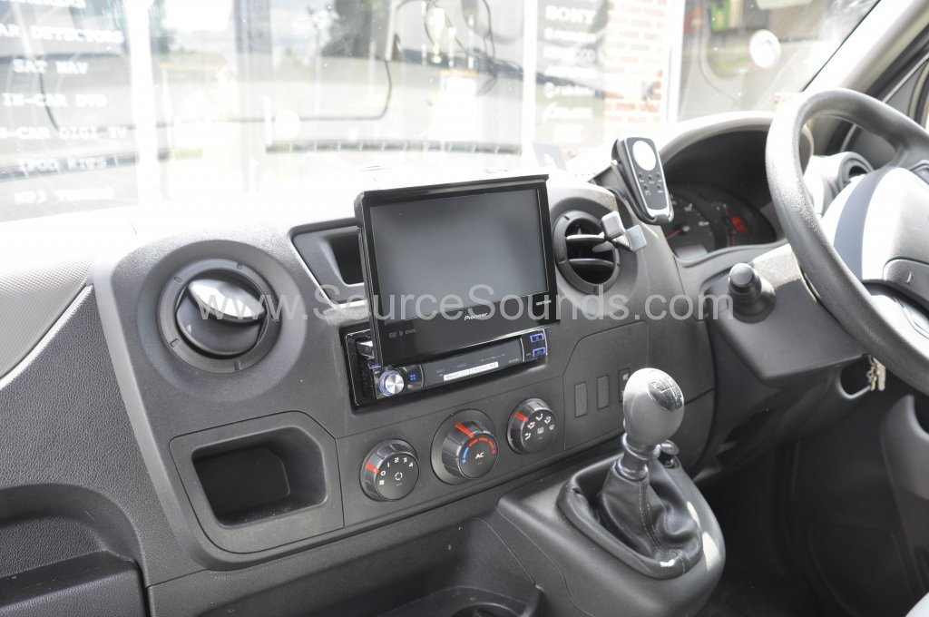 Renault Master 2014 navigation upgrade 005