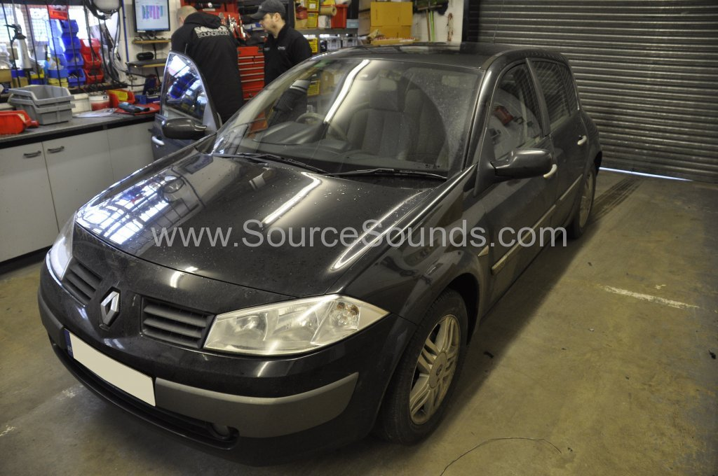Renault Megane 2005 bluetooth upgrade 001