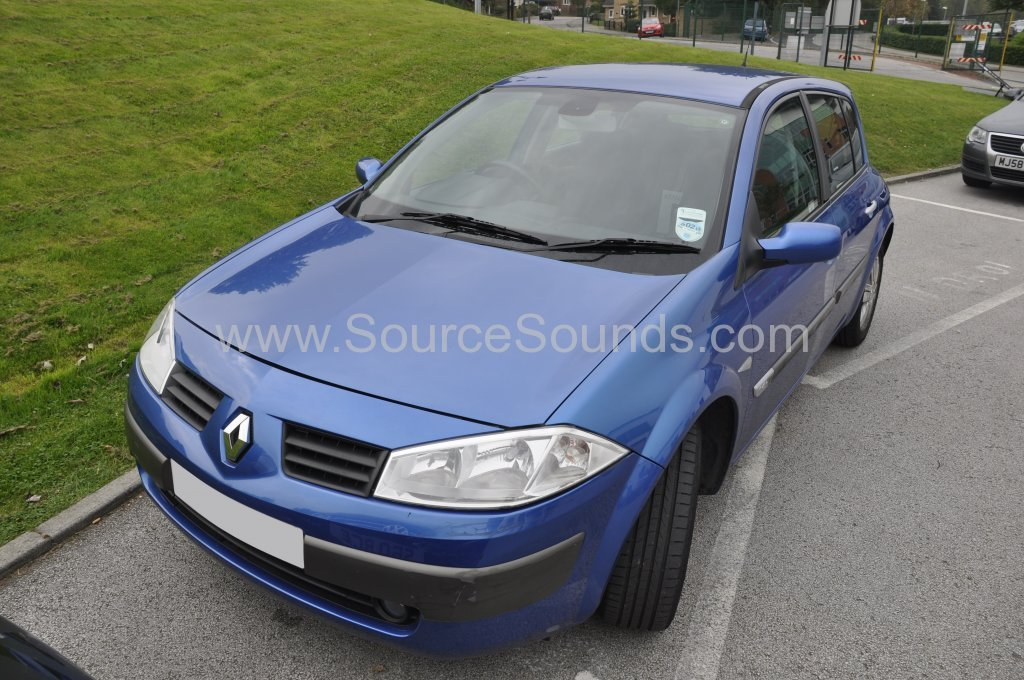 Renault Megane 2005 navigation upgrade 001