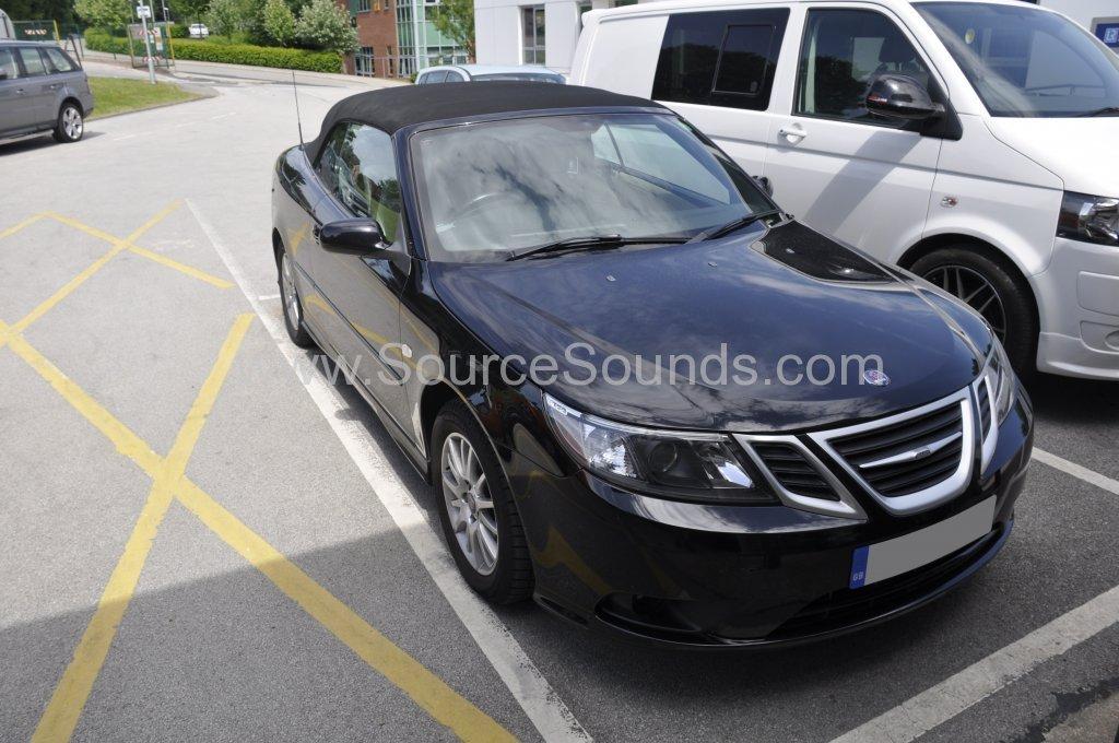 Saab 93 2009 stereo upgrade 001