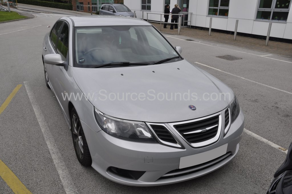 Saab 93 2008 radio upgrade 001