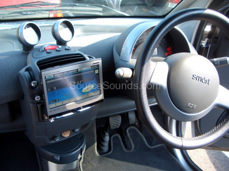 Smart_Car_CabrioletSource_Sounds_Sheffield_Car_Audio1616