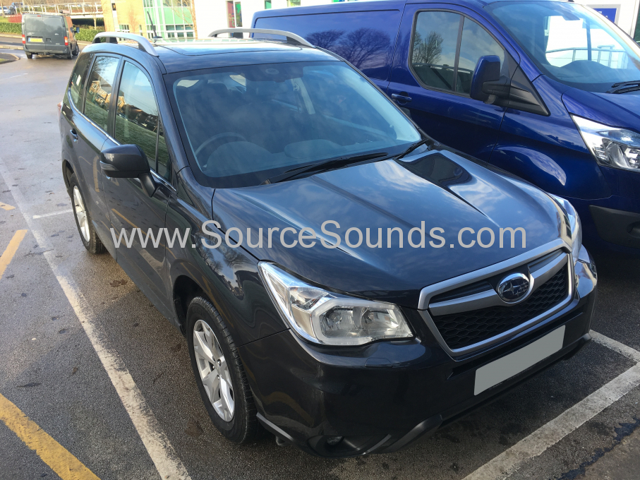 Subaru Forester 2016 navigation and oem camera 001