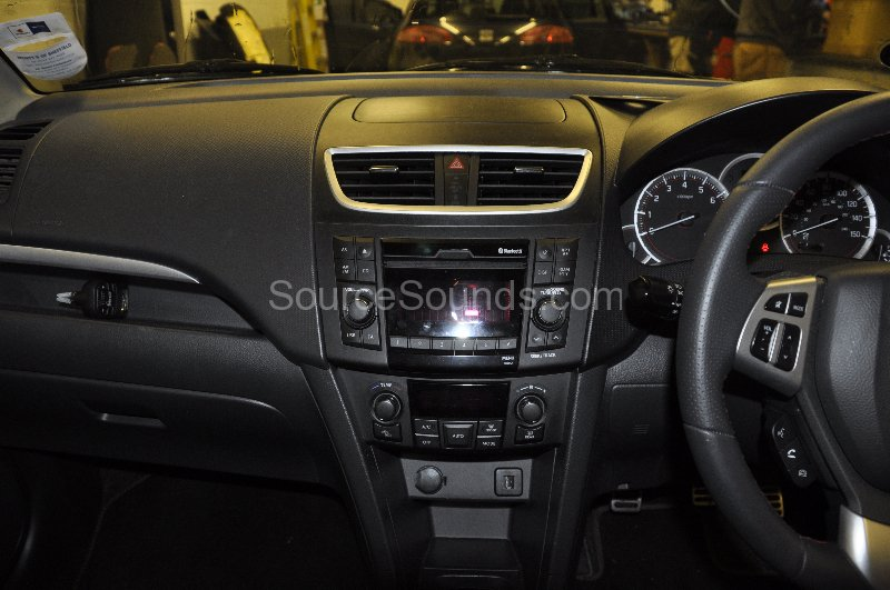suzuki-swift-2012-dab-upgrade-001