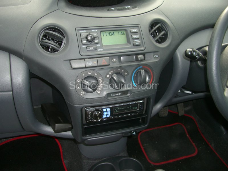 M8 Greyhound further Vl 01 Volvo S60 S80 V60 V70 Xc70 Steering Wheel Interface Stalk Control Adaptor besides Watch as well 2011 Jeep  pass Factory Sirius Ready MP3 CD Player OEM Radio R 2652 besides Watch. on car radio wiring diagram