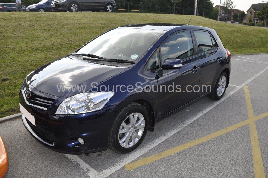 Toyota Auris 2012 front sensor upgrade 001