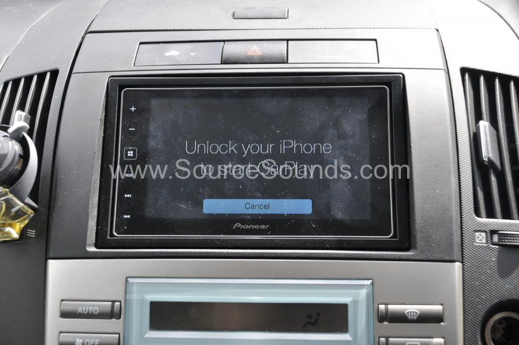 toyota corolla verso 2005 stereo upgrade source sounds. Black Bedroom Furniture Sets. Home Design Ideas
