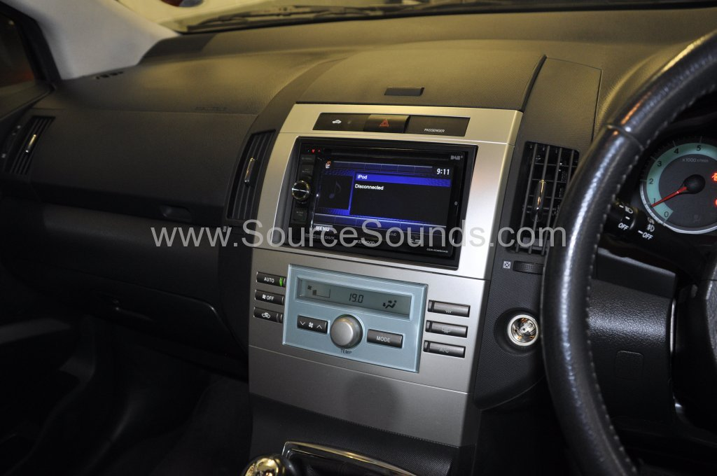 toyota corolla verso 2006 dab upgrade source sounds. Black Bedroom Furniture Sets. Home Design Ideas