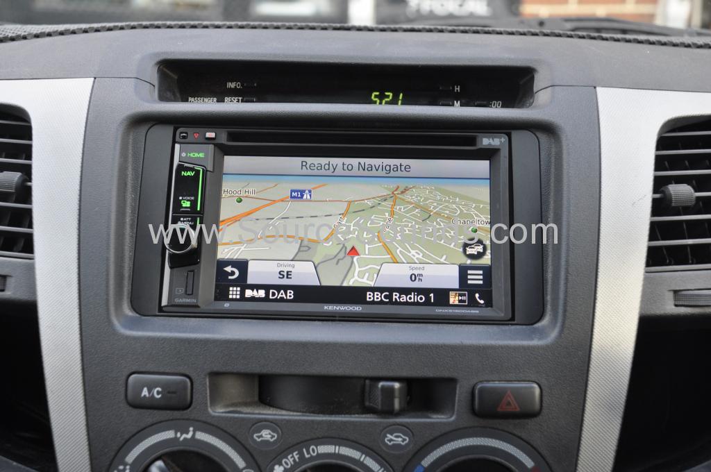 Toyota Hi lux 2008 navi upgrade 005