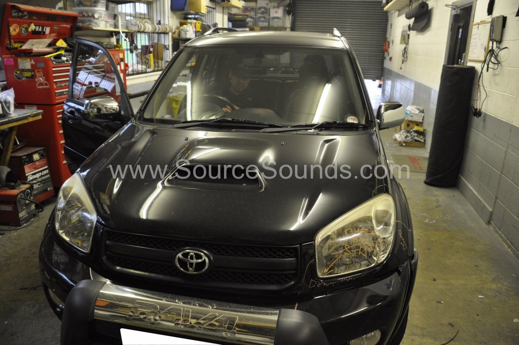 Toyota Rav4 2003 stereo upgrade 001